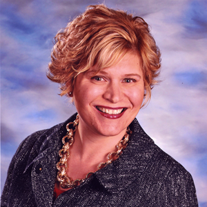 Lisa Mullen headshot