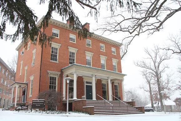 noyes alumnae house