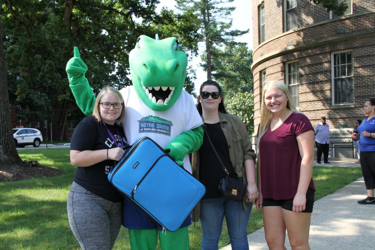 Gabby at move in with students