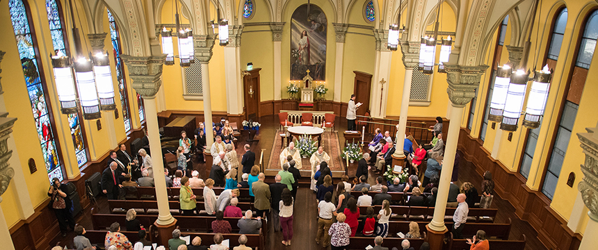 Catholic Ceremony in Marikle Chapel